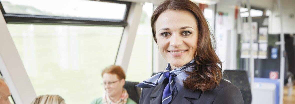 Kundenbetreuer und Zugbegleiter
