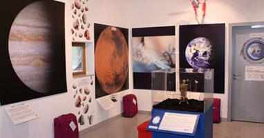 """Bad Kötzting: Ausstellung Faszination Universum - """"Eine Reise durch Raum und Zeit"""""""