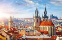 Blick auf die Goldene Stadt dem Top Ziel mit dem alex Zug