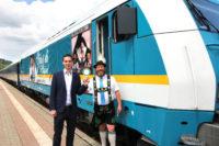 """Vorstellung alex-Sonderlok """"Griaß Di Allgäu"""" zum Gautrachtenfest der Wageggler am Bahnhof in Immenstadt"""