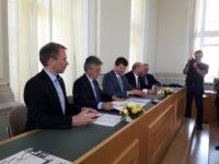 Vertragsunterzeichung Verkehrsvertrag trilex Ostsachsennetz