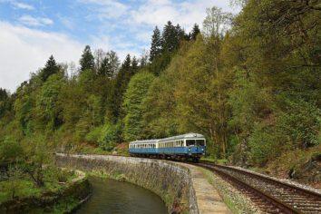 Sonderfahrt mit historischem Fahrzeug von Viechtach über Deggendorf, Plattling und Straubing nach Regensburg zum Eisenbahnerlebnistag am Hauptbahnhof Regensburg