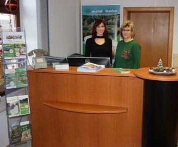 Kundencenter im Bahnhof Viechtach eröffnet