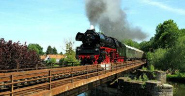 Unterwegs mit dem Dampfzug