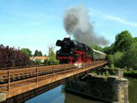 Mit dem Elstertal-Express geht's von Thüringen übers Vogtland nach Westböhmen